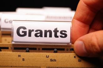 Community College Grants