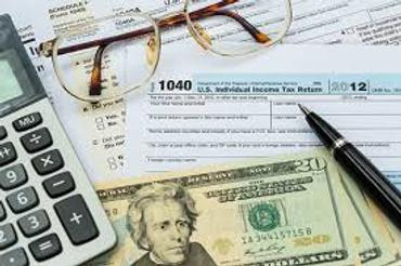 Community College Students Offer Free Tax Help in 2012