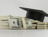 10 Essential Money Management Tips for Community College Students
